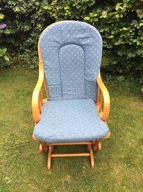 Nursing pine rocking chair in great condition