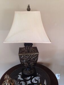 Bombay Desk Kijiji Free Classifieds In Ontario Find A