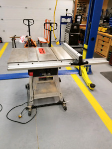 """Delta industrial 10""""table saw"""