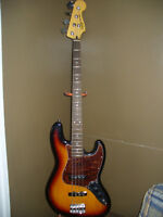 Squier Vintage Modified 60s style Jazz Bass