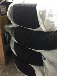 4 pneus + 4 roues d'hiver Toyo à vendre 195/65/R15