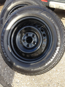 LIKE NEW! Set of 4 Goodyear Winter Tires 195 55 R15 on Rims