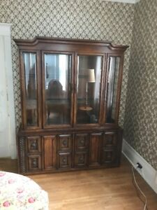 China cabinet hutch ( display dining room )