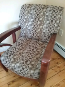 Lazy boy chair does not recline