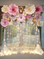 Giant Flowers Backdrop – Ceremony Wedding Arch for rent