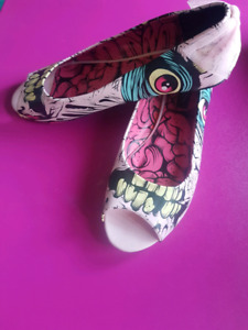 Iron Fist Flats sz 10