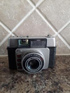 Antique Bertram Dacora matic Camera