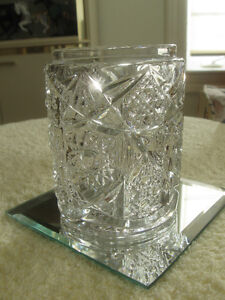 CHARMING OLD ANTIQUE HIGHLY-EMBOSSED CLEAR GLASS SPOONER