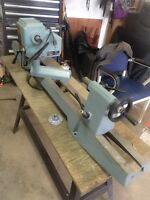 """Delta 12"""" Wood Lathe w Stand"""