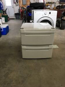Pedestals for washer and dryer Excellent Condition asking $75