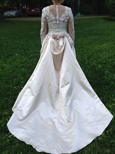 5 wedding dresses!! most are a size 10 $50 each