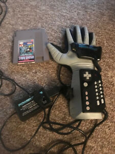 RARE original nes complete &  working power glove with game