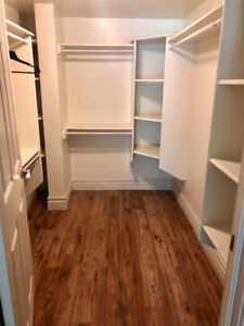 Luxury Room in a large house near Larry Uteck