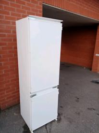 Newworld integrated fridge freezer