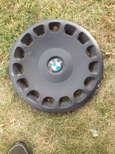 """Bmw hubcap for 16"""" wheel"""