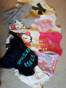 Lot of girls 12-18 month clothing