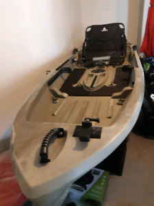 High level fishing Kayak - Ascend T10 Kayak ( new)