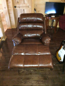 Furniture for sale - NEW CONDITION!!!