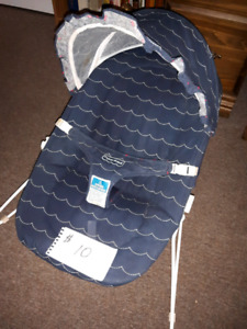 Fisher Price Baby bouncy seat