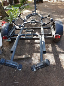 BOAT TRAILER FOR 16 TO 19 FT BOAT