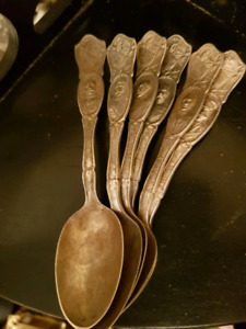 Set of 6 Collectors King George ++ Spoons 1881 ROGERS Hallmark