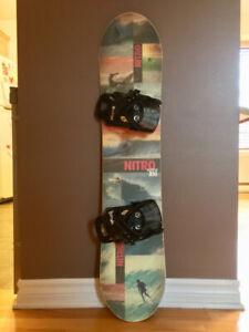 Planche à neige Nitro Ripper 106cm snowboard + fixations Burton