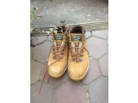 Steel toecap work boots size 8
