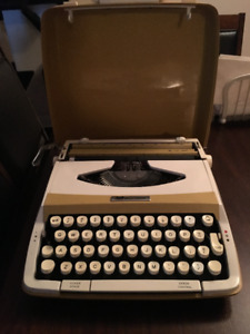 Typewriter (small) and hardcover top