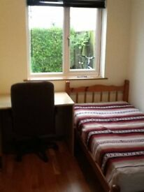 Stuck Between Decisions That DON'T Satisfy You? Take a Quick Look At This Single Room For 100pw