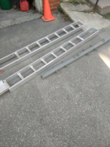 Motorcycle Carrier - hitch mounting 600b