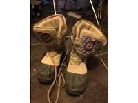 Isle Jacobson snow boots, size 6