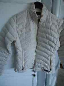Patagonia Puffer jacket , Ladies small, cream color