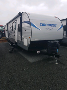 2018 Conquest 323TBR
