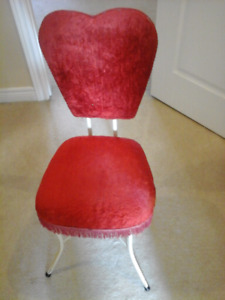 Chairs for sale Makeup $15 and Desk chair $35