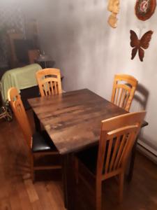 Mobilier de cuisine, bois de chêne