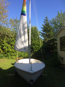 12' Echo Sailboat with trailer