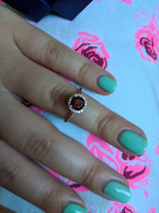 Dimond and Garnet rose gold ring size 7. 5 new