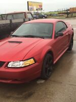 2000 FORD MUSTANG GT V8 LOADED REDUCED