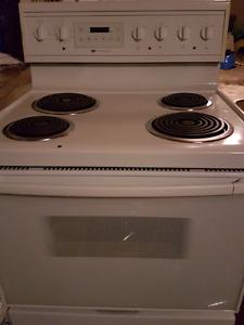 Range stove 75 $