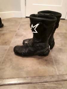 Ladies Alpine Star motorcycle boots