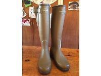 Le chameau boys Wellington boots size 4 (37)