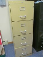 Excellent Condition 4 Drawer Legal Sized Filing Cabinet