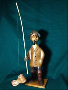 VINTAGE HAND CARVED WOODEN FISHERMAN CATCHING A BOOT MADE  ITALY