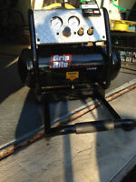 GRIP RITE AIR COMPRESSOR model GR2540LR