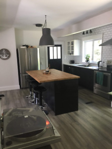 Room for rent - DOWNTOWN DARTMOUTH - Available December 1st
