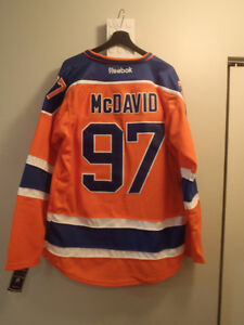 Oilers McDavid Jersey New!!