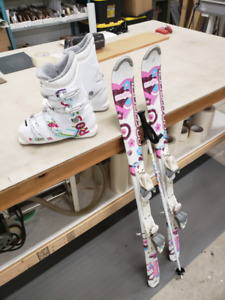 childrens/youth ski and boot set