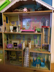 Kidcraft Majestic Mansion Dollhouse