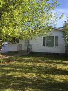 Ridgegate House for Rent - Airdrie