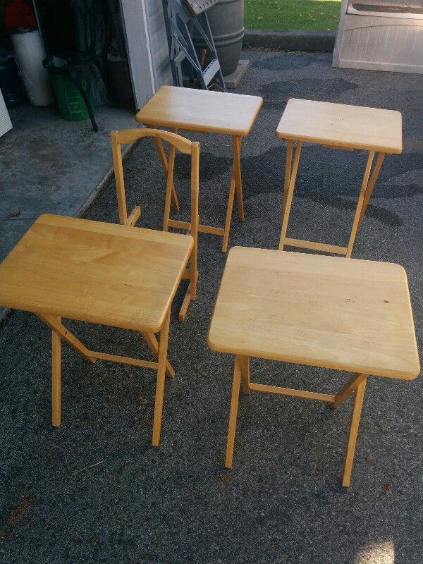 Winsome wood 5 piece TV table set | Other Tables | Peterborough | Kijiji